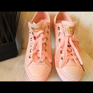 Exclusive Converse All Star Pink Leather Trainers